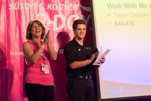 Lauren Bells receives the award for the Top Team Fundraising at the Chicago 3-Day
