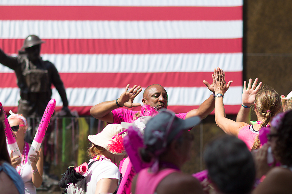 high five closing 2013 Chicago Susan G. Komen 3-Day breast cancer walk