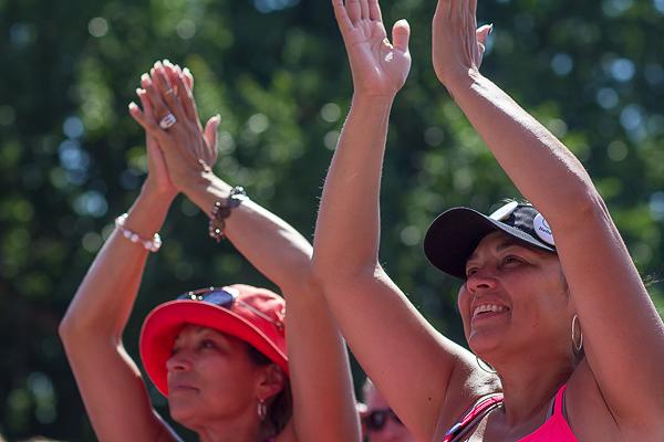 clap cheer closing 2013 Twin Cities Susan G. Komen 3-Day breast cancer walk minneapolis st. paul