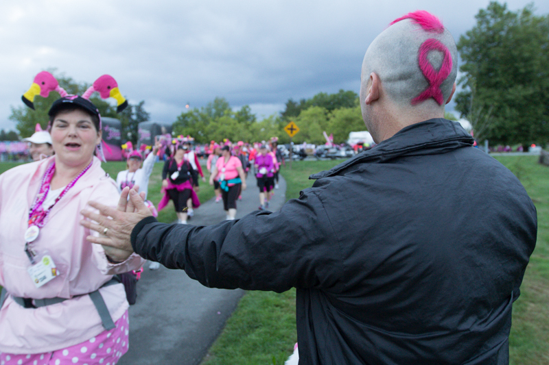 pink ribbon hair 2013 Seattle Susan G. Komen 3-Day breast cancer walk