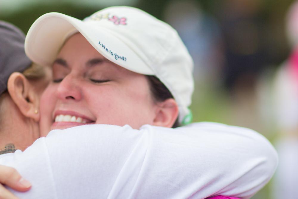 hug closing 2013 Washington DC d.c. Susan G. Komen 3-Day breast cancer walk
