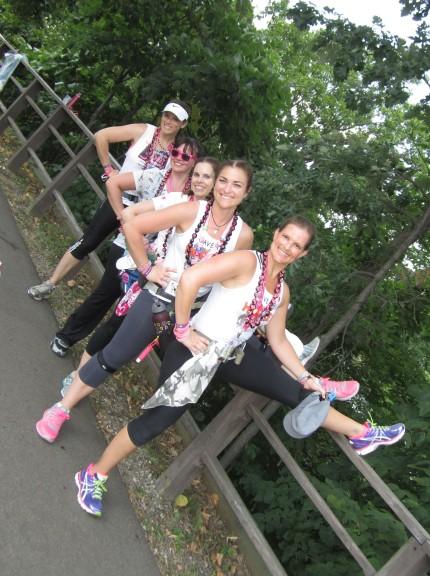 Komen_3Day_breast_cancer_blog_stretching_walking_team