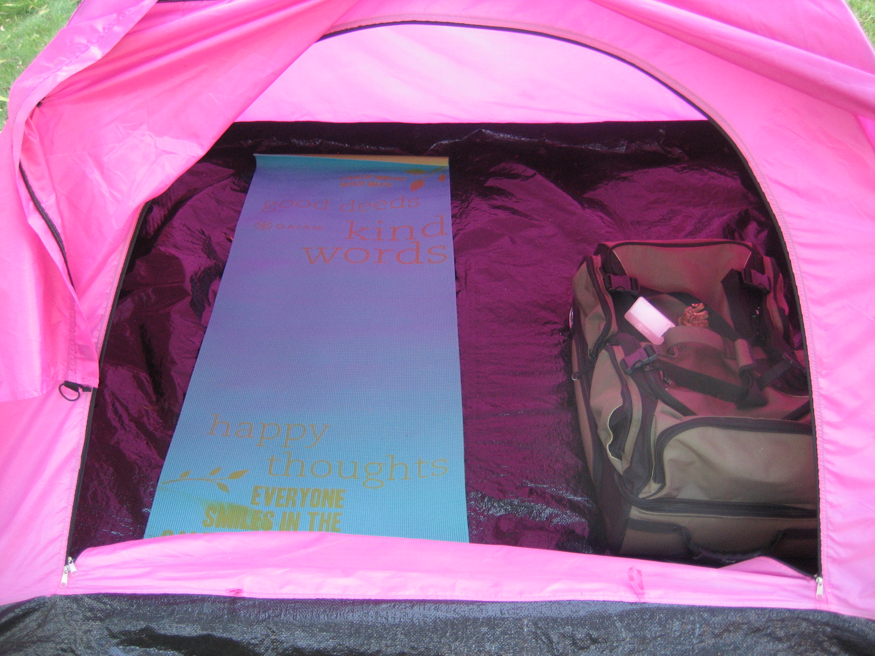 A yoga mat makes a great sleeping pad. & 3-Day Camping Hacks | The 3-Day Blog