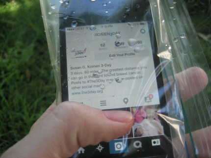 susan g. komen 3-Day breast cancer walks walking hacks phone in plastic bag
